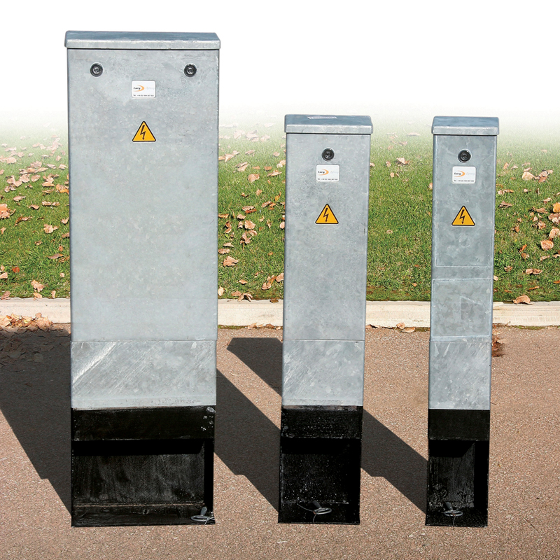 Lucy Zodion Mini Steel Feeder Pillars