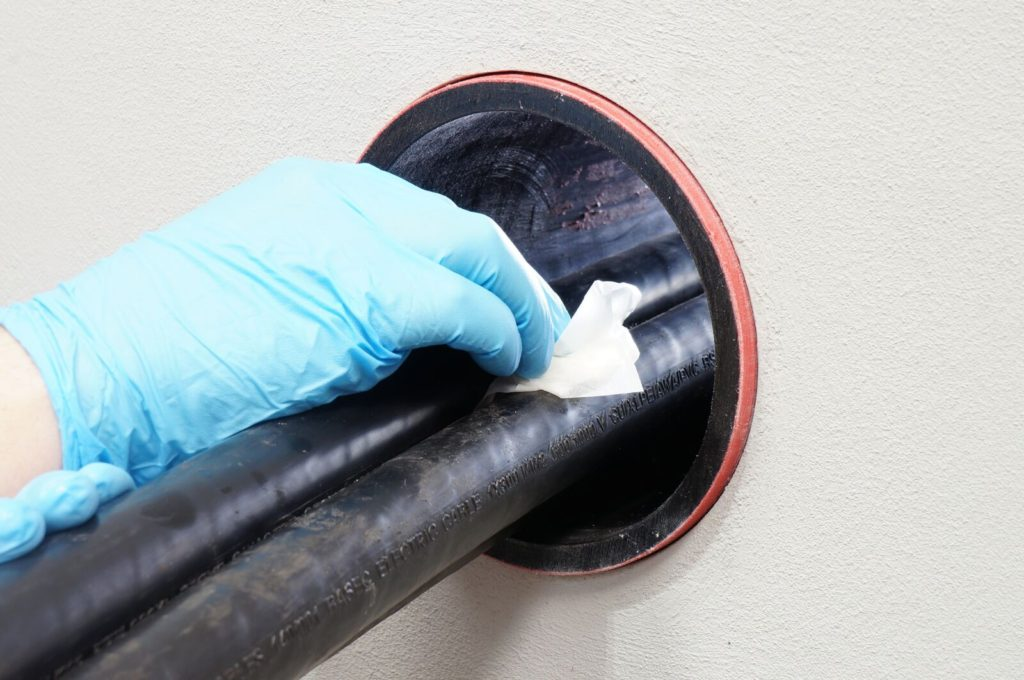 Duct Sealing - Cleaning