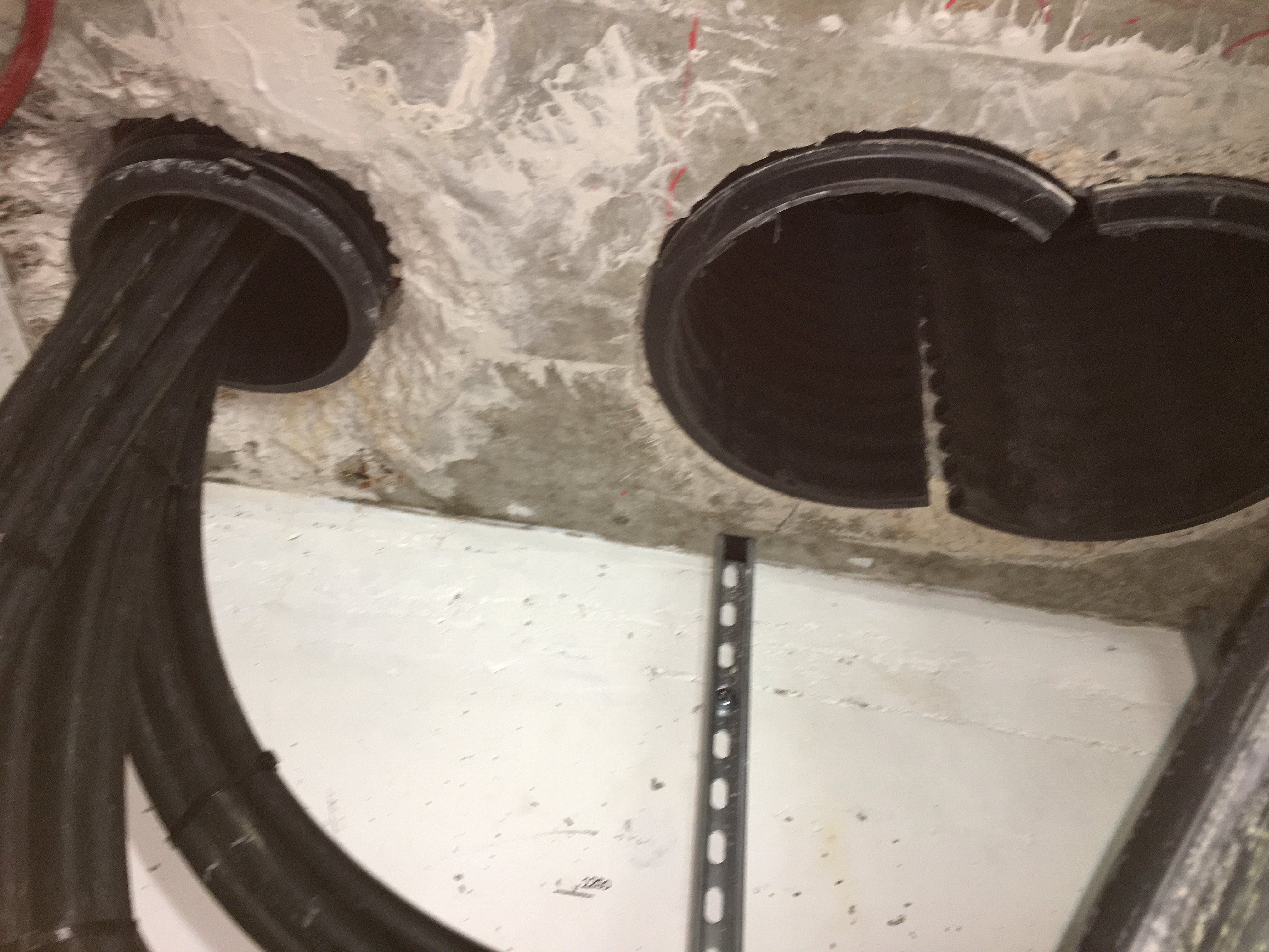 Duct Sealing Both Sides Of The Wall