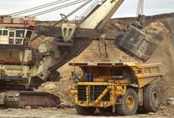 Hydraulic Face Shovel Loading Coal In Dump Truck