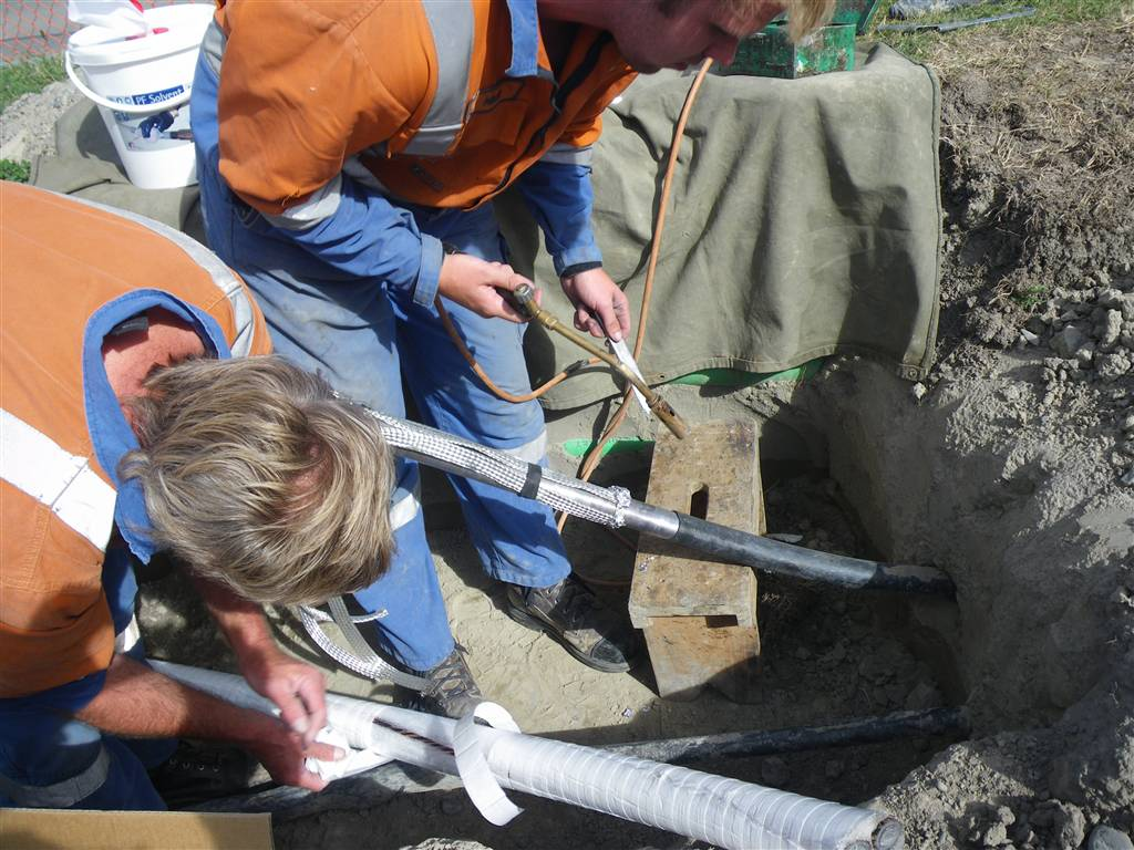 Wiping Lead Pipes