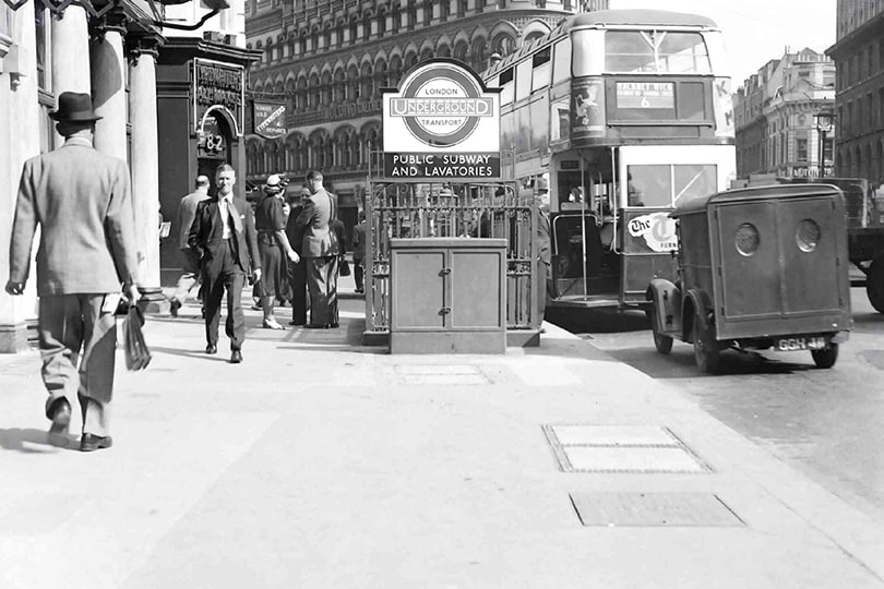 Cable cross connexion cabinet, Queen Victoria Street, London, 1949.