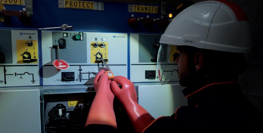 ALADIN Voltage Detectors for Substations MV HV up to 400kV